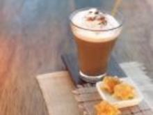 Kaffee Cocktail mit Walnusseis - Rezept