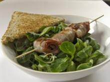 Feldsalat mit Senf-Dressing und Speckfrüchten - Rezept