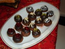 Schoko-Marzipan-Plätzchen mit Kirschen - Rezept