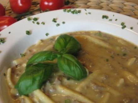 Hackfleisch-Spätzle-Suppe mit Waldpilzgeschmack - Rezept