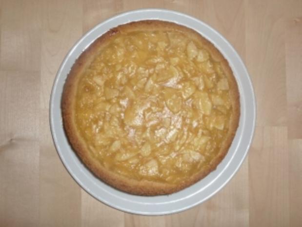 Apfel-Schmand-Kuchen aus Mürbeteig - Rezept