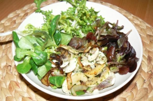 winterlicher salat mit gebratenen champignons rezept. Black Bedroom Furniture Sets. Home Design Ideas