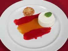 Limetten-Joghurt-Mousse an Fruchtsymphonie española - Rezept