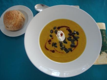 Suppe: Kürbissuppe mit Kartoffeln und Lauch - Rezept