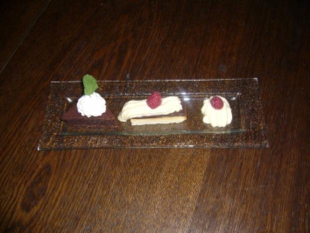 Geometrie aus Schokolade - Mousse, Schokoschaum und Mandelecke - Rezept