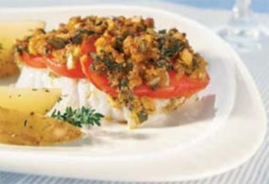 Steinbeißerfilet mit Tomaten-Kräuterkruste und Kartoffelspalten - Rezept