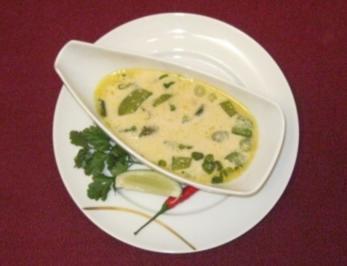 Thailändische Hühner-Kokossuppe - Rezept