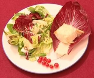 Salat au chevre chaud im Filoteig (Okka Gundel) - Rezept
