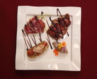 Trio vom Tunfisch mit Tomaten-Crostini (Hein Simons) - Rezept