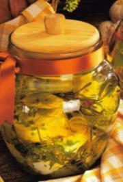 Würziger Käse in Olivenöl - Rezept