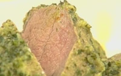 Gedämpfte, gekräuterte Lammkeulennuss - Rezept