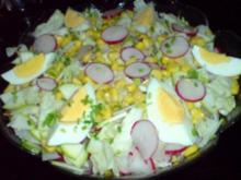 Bunter Salat mit Ei - Rezept