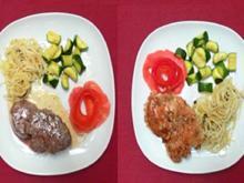 Pfeffersteaks und Hähnchenfilets mit Zucchini und Trenette Genuese - Rezept
