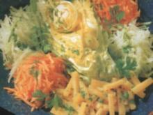 Bunter Salat mit Käse - Rezept