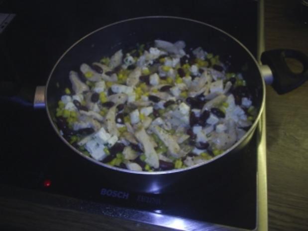 Geflügel - Mexikanische Hähnchen-Mais-Pfanne - Rezept - Bild Nr. 4