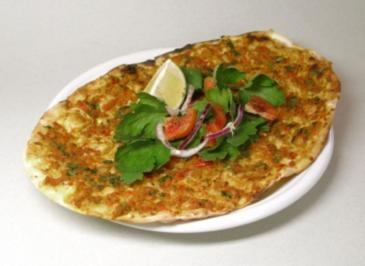 Türkische Pizza (Lahmacun) - Rezept