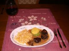 Hirschmedaillons mit Champignon-Sahne-Soße - Rezept