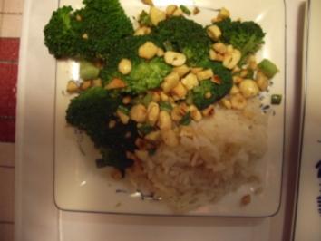 Broccoli-Orange mit Pinienkerne - Rezept