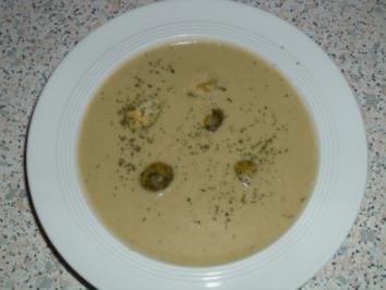 Cremige Rosenkohlsuppe mit Schinken - Rezept