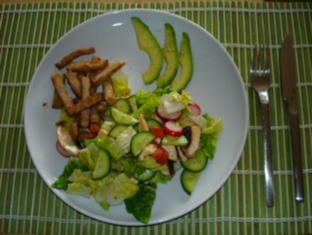 Avocado-Hähnchen-Salat - Rezept
