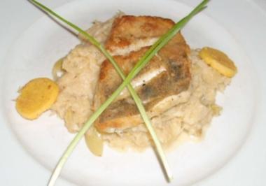 Zanderfilet an Trauben-Sahne-Sauerkraut mit Heidehonig - Rezept