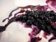 Dessert: Topfen-Tee Creme mit Früchten und heißen Himbeeren - Rezept