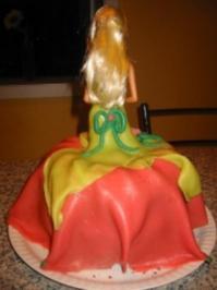Barbiekuchen Zum 5 Geburtstag Meiner Tochter Rezept Mit Bild