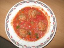 Tomateneintopf mit Fleischklößchen - Rezept