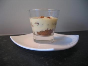 Sherry -Schicht Dessert mit Himbeeren oder gesüssten Chranberries - Rezept