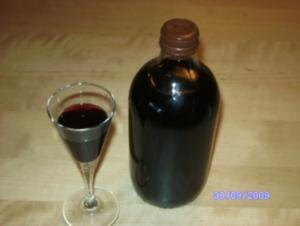 Hollerlikör - Rezept
