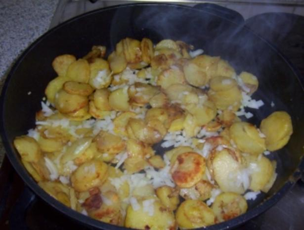 Bratkartoffeln mit Blut- und Leberwurst - Rezept