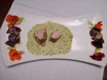 Schweinefilet mit Rote Bete und schwarzen Trüffeln an Petersiliensoße - Rezept
