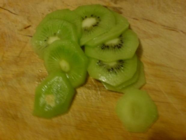 Chinakohl-Orangen-Kiwi-Salat - Rezept