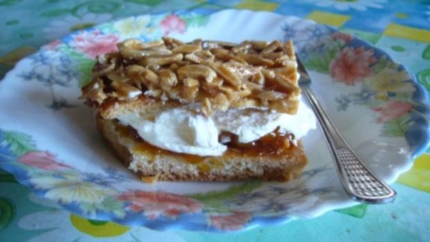 Kuchen: Saftiger Aprikosen-Bienenstich - Rezept - Bild Nr. 2