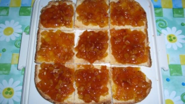 Kuchen: Saftiger Aprikosen-Bienenstich - Rezept - Bild Nr. 3