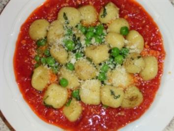 Basilikum-Gnocchi mit Erbsen - Rezept