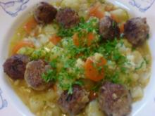 Gemüse-Eintopf mit Bratklößchen - Rezept