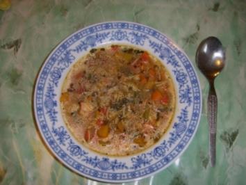Bunte Edelfischsuppe mit Herbstgemüse - Rezept