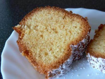 Kuchen: Saftiger Eierlikörkuchen - Rezept