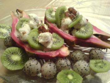 Pitahaya mit Walnußeis und Kiwi - Rezept
