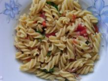 Cavatelli mit Pancetta und Rucola - Rezept