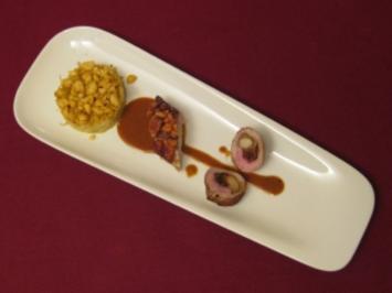 Zweierlei vom Spanferkel mit Curry-Spitzkohl, Sherry-Jus und Macadamianüssen - Rezept