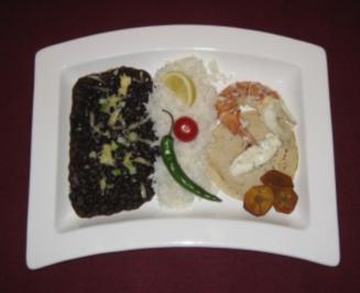 Hummertacos mit schwarzen Bohnen und weißer Reis mit frittierten Bananen - Rezept