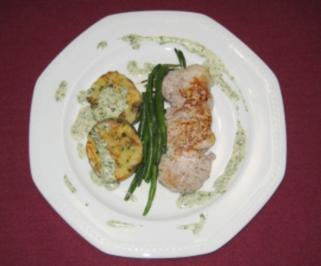 Schweinemedaillons mit Serviettenknödeln und Bohnen - Rezept