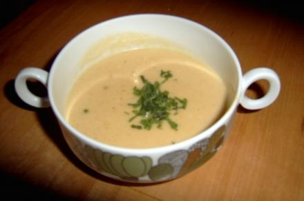Suppe: Sellerie-Käse Creme Suppe - Rezept