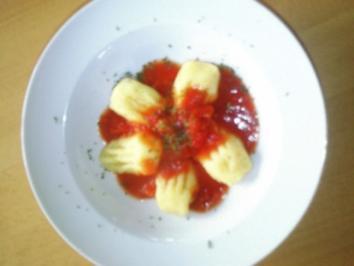 Gnocchi Hausgemacht in Tomatensauce - Rezept