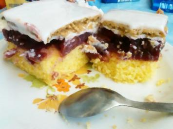 Kekskuchen mit Stachelbeeren - Rezept