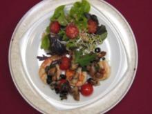 Scampi Frau Diavolo mit frischem Chili, Oliven und Knoblauchbrot - Rezept