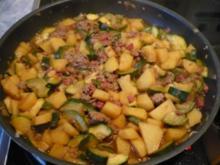 Bauernpfanne mit Zucchini - Rezept