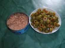 Thunfischsauce mit Paprikaoliven - Rezept